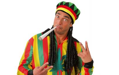 Czapka jamajska z dredami