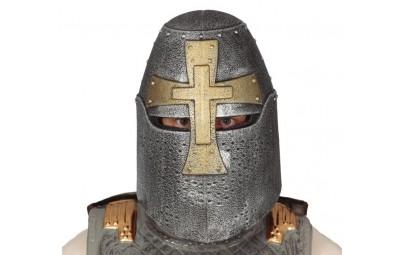 Hełm rycerski z krzyżem