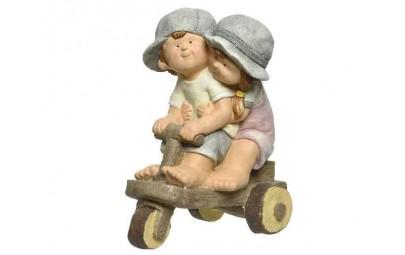 Figura dzieci na rowerze...