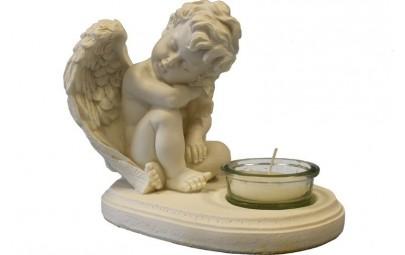 Świecznik z aniołem...
