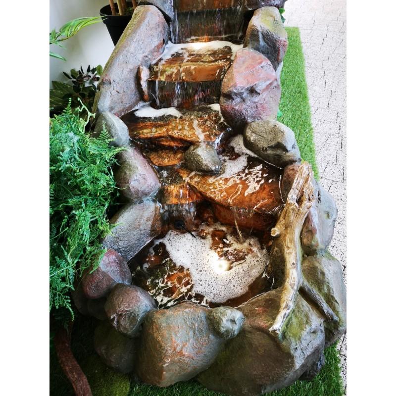 fontanna kamienna wodospad 3