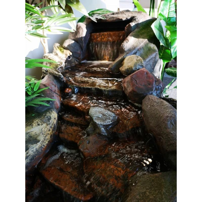 fontanna kamienna wodospad 4