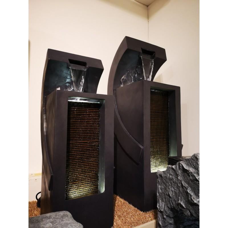 fontanna filar z falą