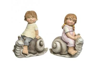 Figura dziecko ze ślimakiem...
