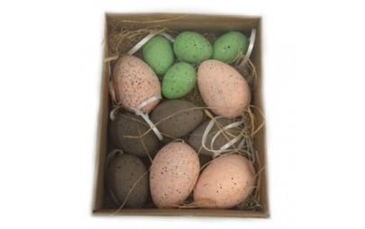 Jajka zawieszki w pudełku...